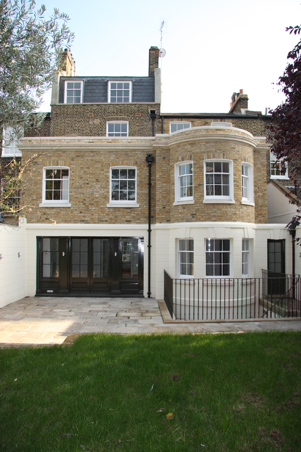 New rear extension to chelsea town house after